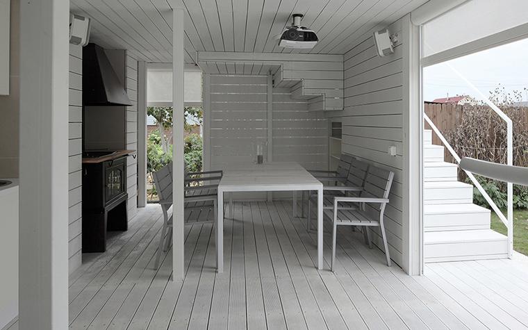 Le blanc permet d'augmenter visuellement l'espace, même dans une petite pièce.