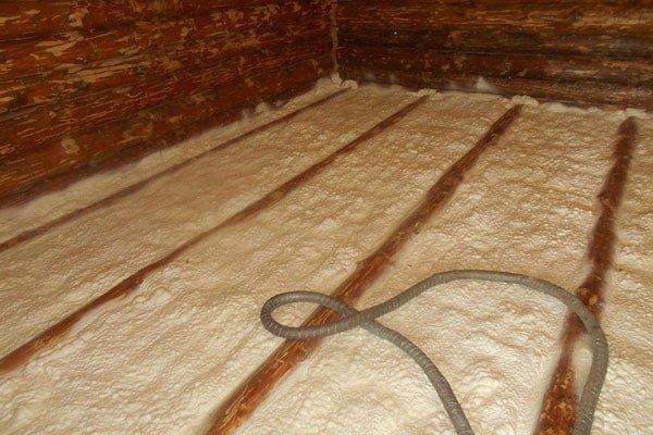Le sol est isolé par de la mousse.