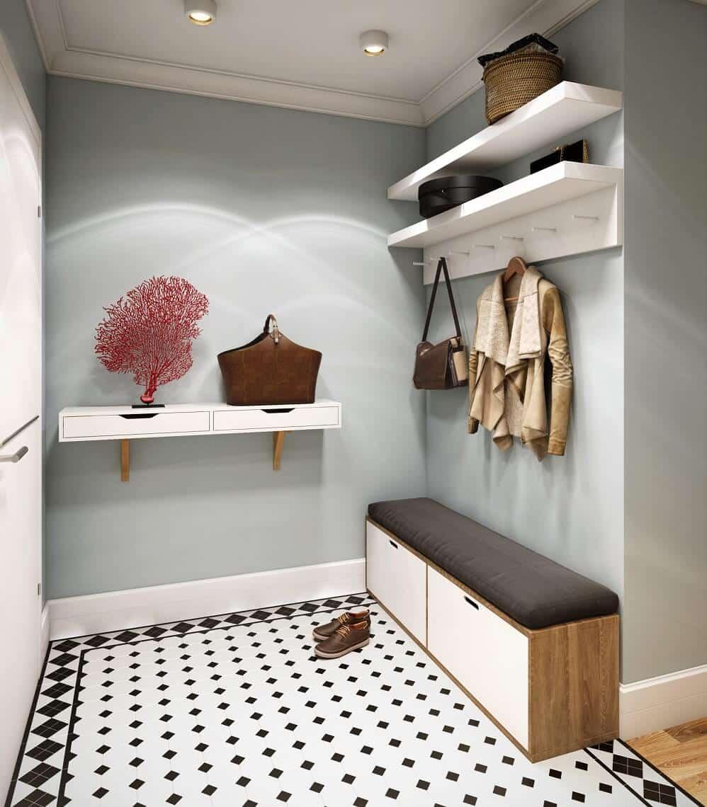 Très bien assortie aux étagères intérieures originales et au meuble de rangement pratique pour les chaussures.