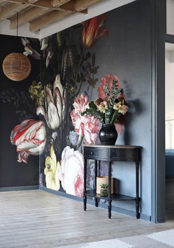 Spectaculaire fresque classique décorant l'intérieur d'un couloir