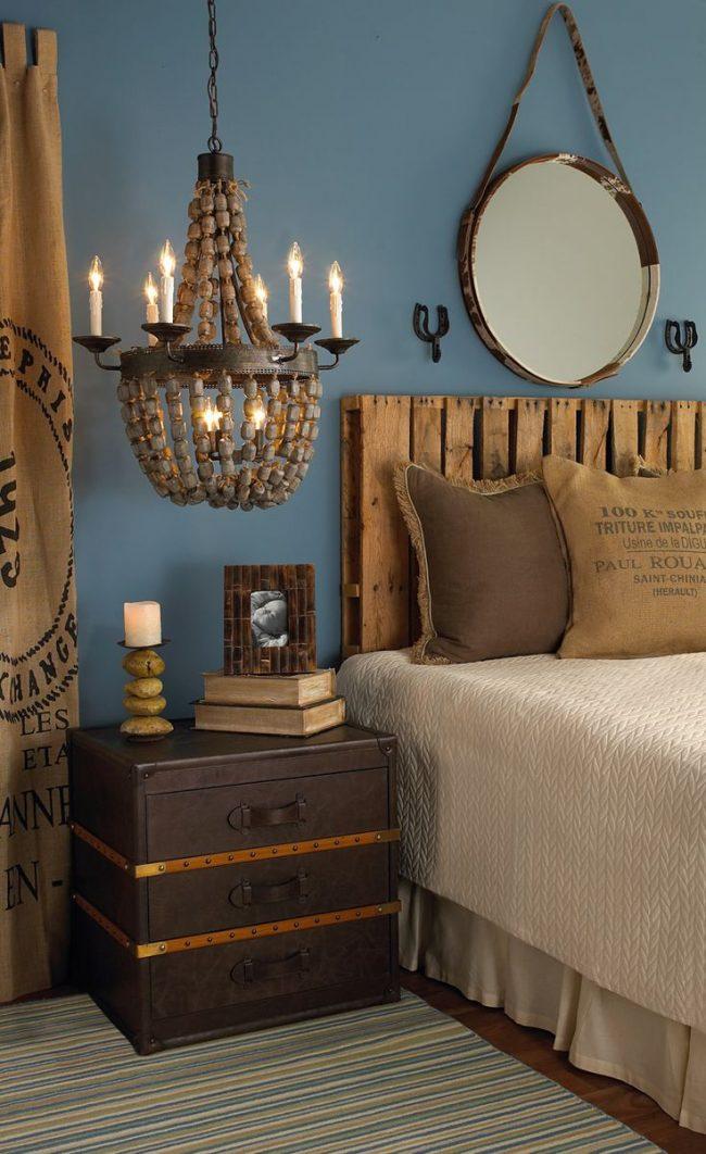 Divers accessoires et éléments de décoration viendront compléter le décor de votre chambre à coucher.