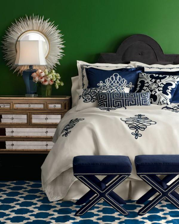 Les meubles en velours, élégants et modernes, sont le bon moyen de créer une ambiance chaleureuse dans la pièce.