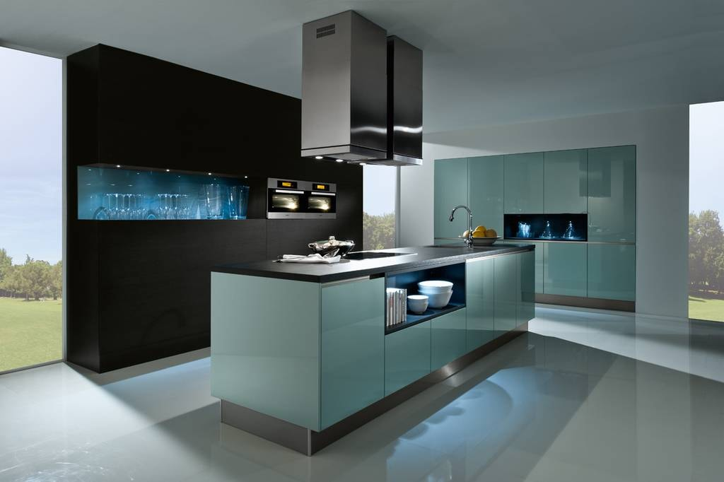 L'éclairage au néon des niches ouvertes ajoutera élégance et sophistication à l'intérieur.