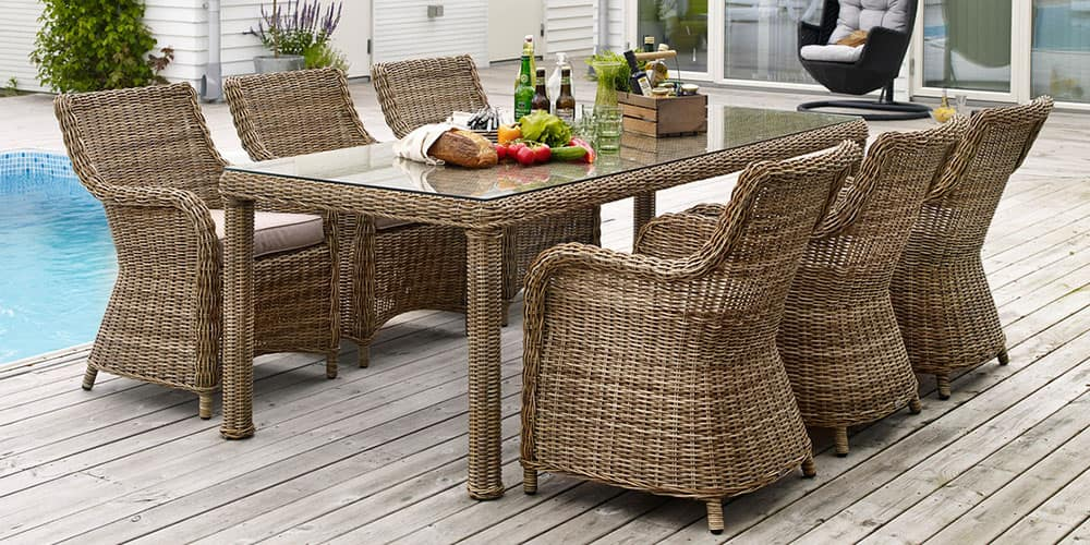 Мебель из натурального ротанга традиционно считается лучшим выбором с точки зрения комфорта и уюта