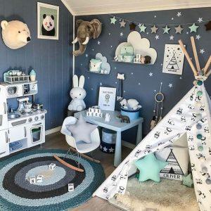 Une belle chambre pour un garçon.