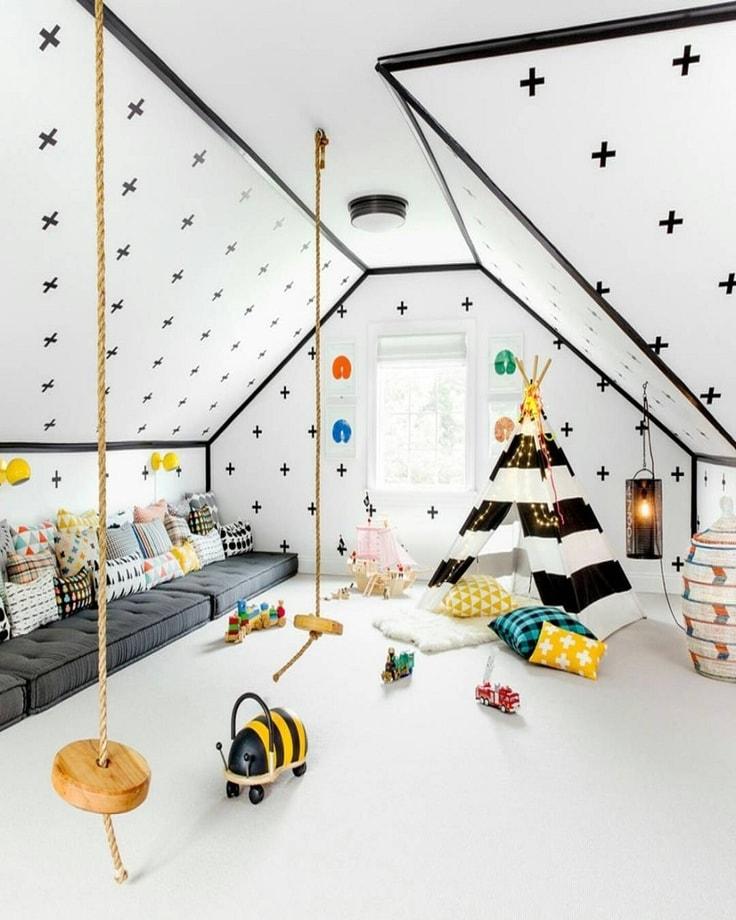 Un coin isolé en wigwam est une technique de plus en plus populaire parmi les jeunes designers pour décorer l'intérieur des chambres d'enfants.