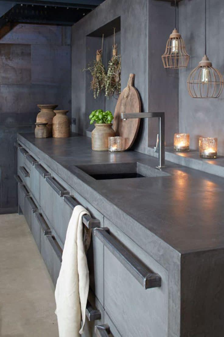 Un panneau en pierre artificielle est une excellente option pour décorer l'intérieur avec un élément lumineux et plutôt attrayant.