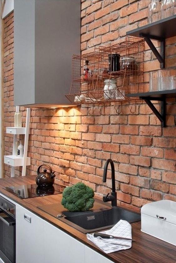 Une belle maçonnerie, faite de briques par un professionnel expérimenté, vous donnera, à vous et à votre intérieur, de nouvelles émotions et impressions vives