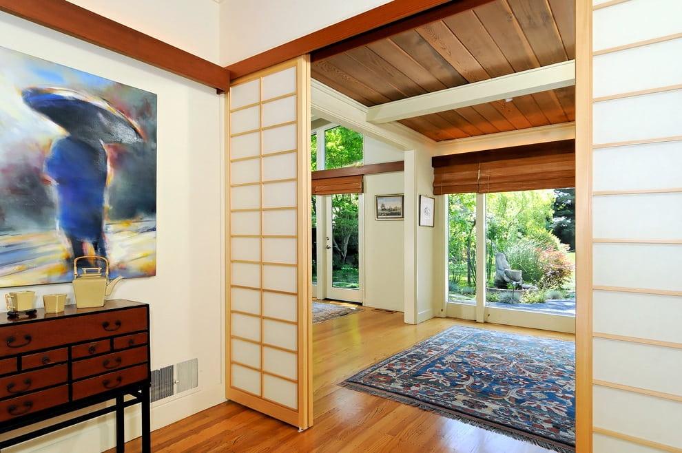 Un beau tableau est un bon complément à la décoration intérieure