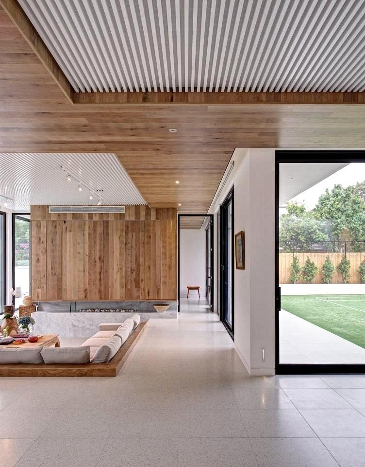 La conception de plafond de style mixte est incroyablement à la mode aujourd'hui.