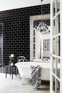 bain noir et blanc