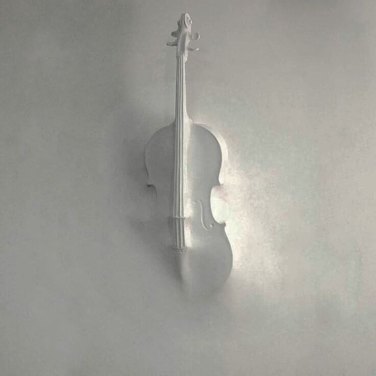 Image 3D volumétrique d'un violon musical, qui reste à être magnifiquement battu avec un dessin