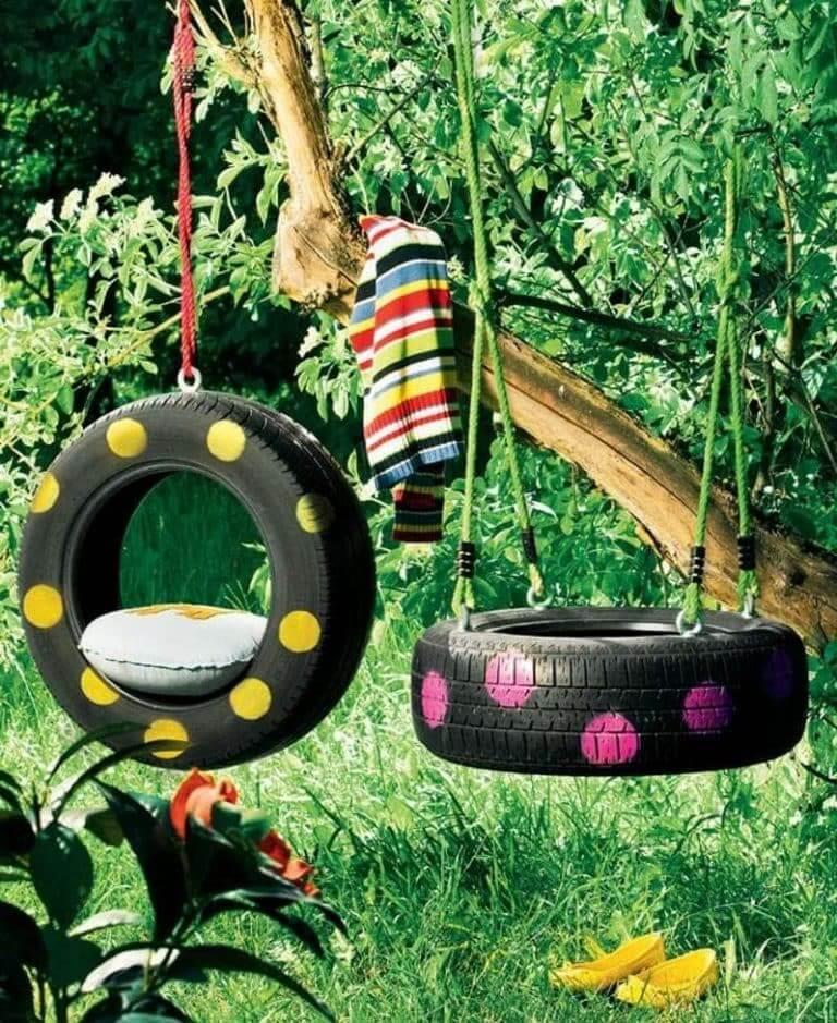 Balançoire originale de vieux pneus de voiture