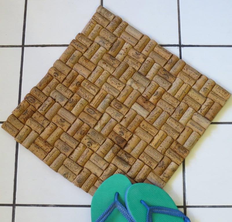 коврик из пробок от вина