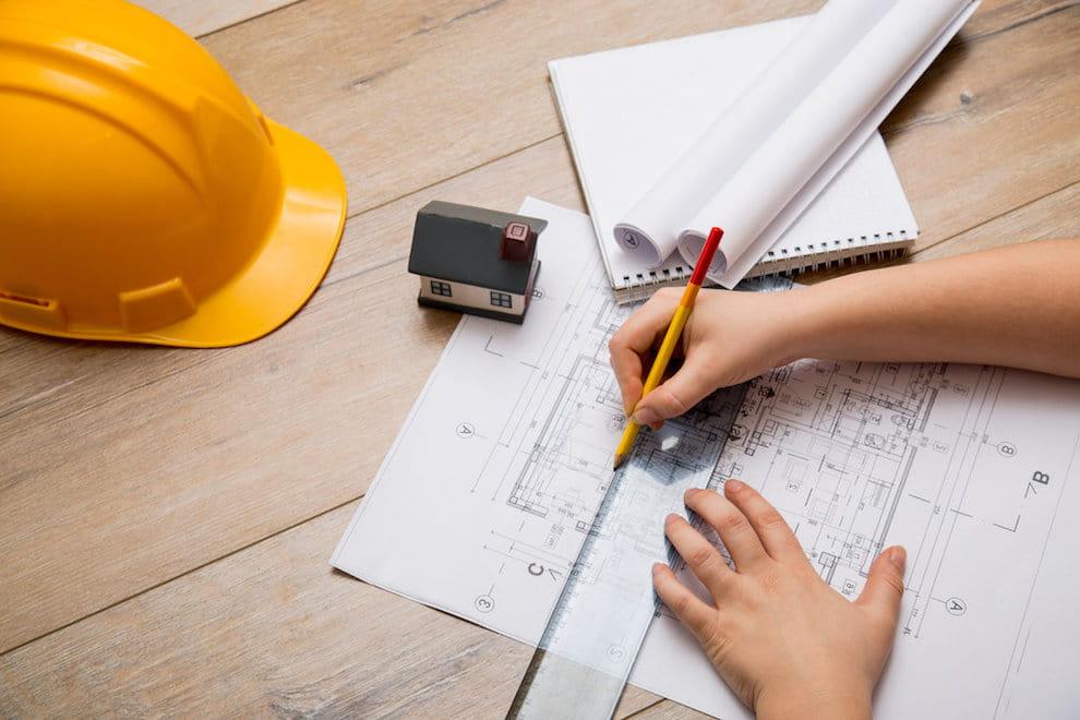 Строительство деревянного дома всегда начинается с разработки проекта