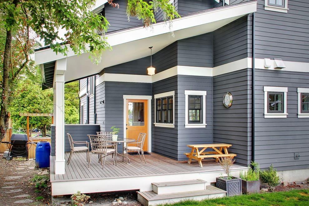 Терраса пристроенная к дому способна преобразить архитектурный облик строения