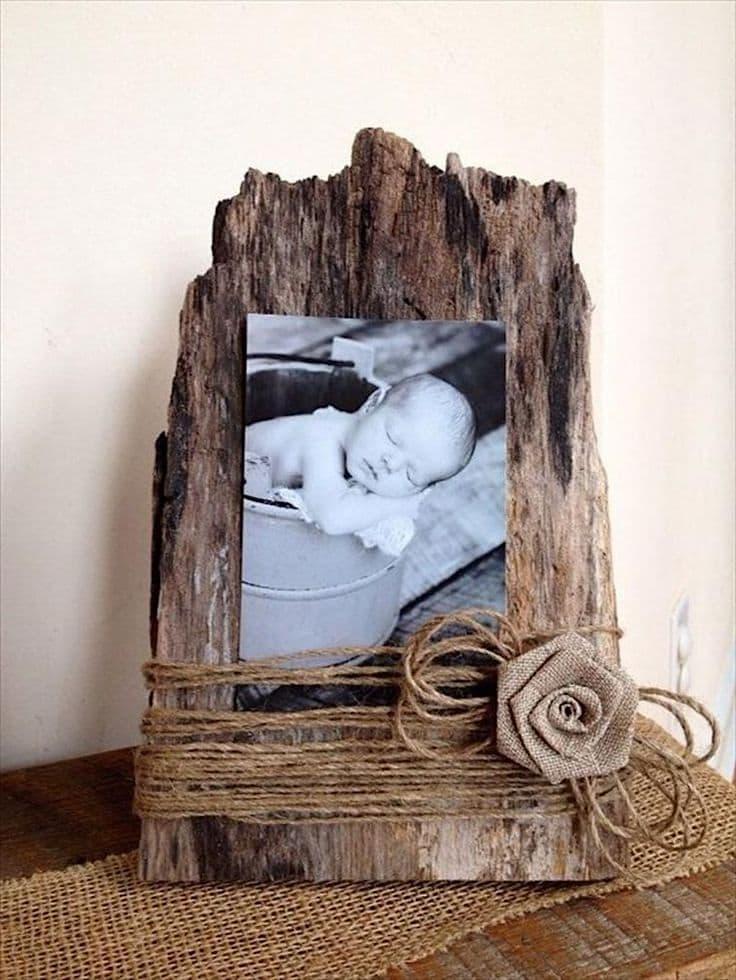 Оригинальная фоторамка из дерева