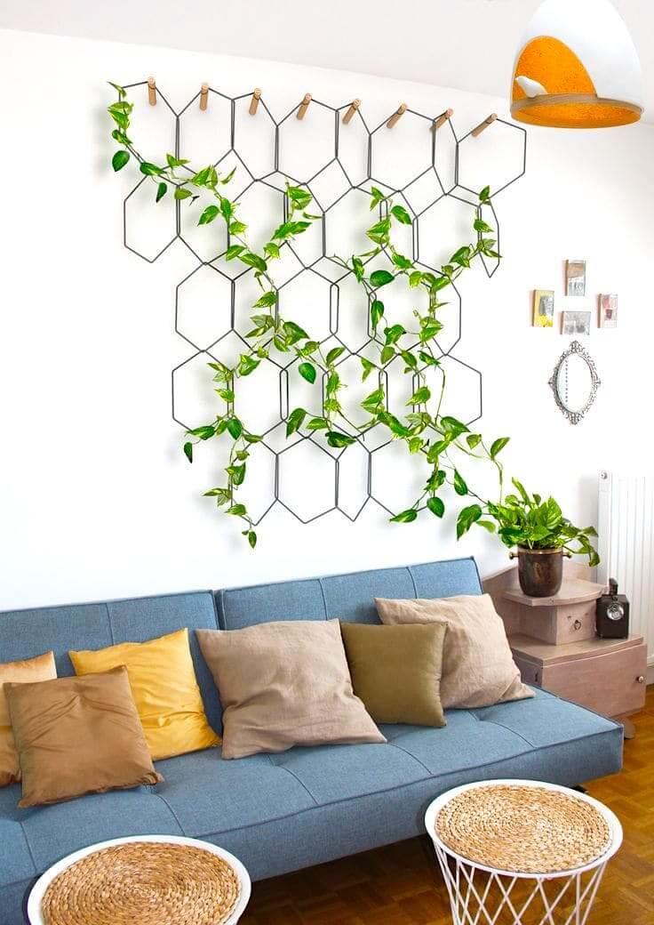 Живая картина из комнатного плюща станет отличным украшением в интерьере