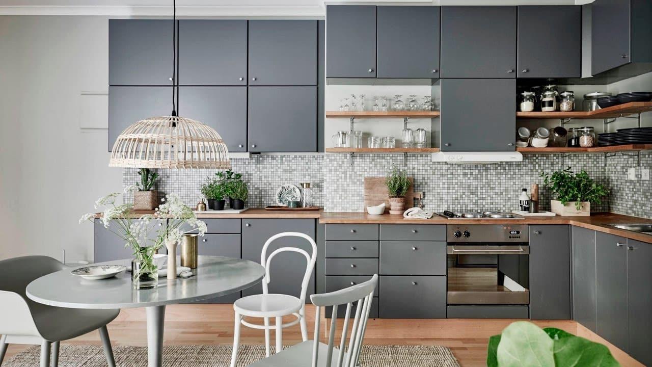 Un tablier en mosaïque de la bonne couleur contribuera à créer un intérieur lumineux et mémorable.
