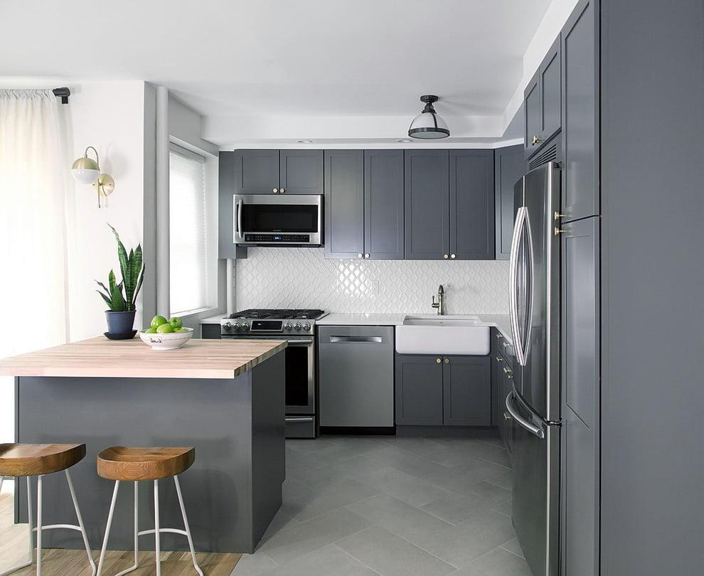 La concision et la praticité sont les principaux avantages du tandem blanc et gris.