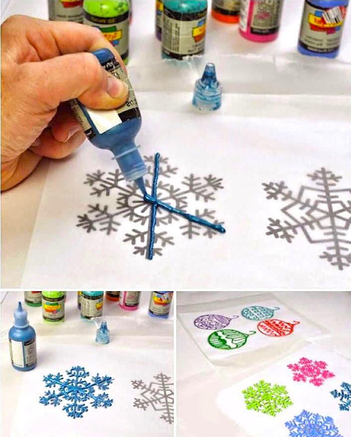 С помощью трафаретов и специального геля можно делать необычные объемные снежинки на окна