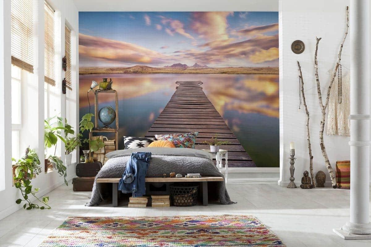 Idée de conception de chambre à coucher intéressante avec un petit nombre de meubles et d'accessoires
