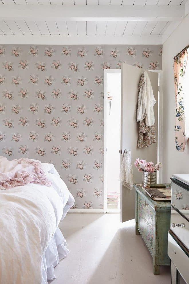 Chambre à coucher aux doux tons pastel