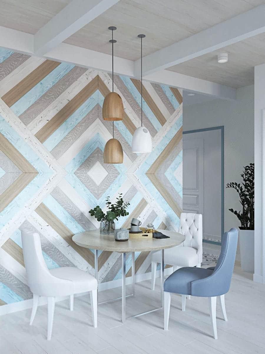 La photo montre une combinaison de papier peint pour la cuisine imitant un sol stratifié.