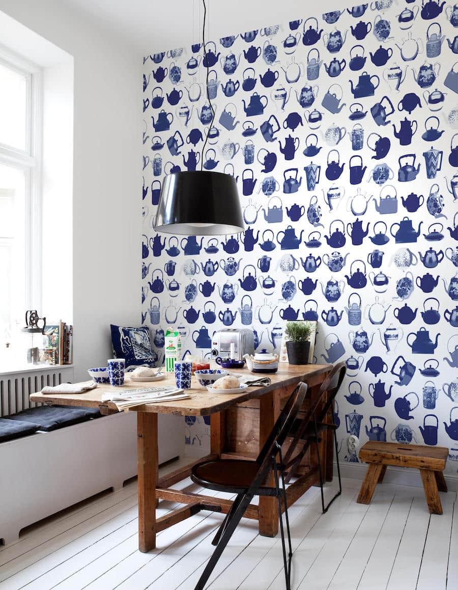 Combinaison attrayante de papiers peints pour la cuisine dans les bonnes teintes