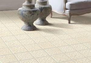 Carreaux en céramique sur le sol et les murs photo 15
