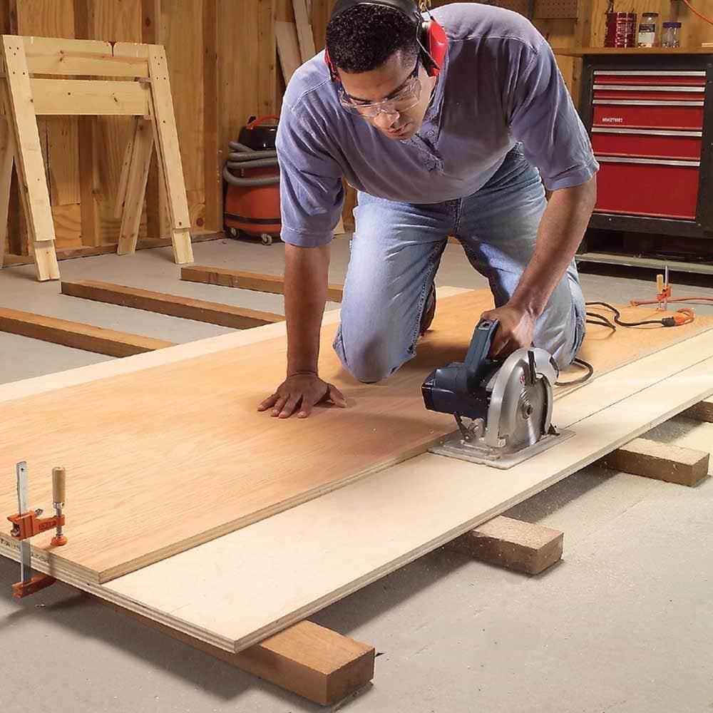 En raison de la présence d'une couche entre la surface nivelée et le sous-plancher, il est possible de poser une isolation