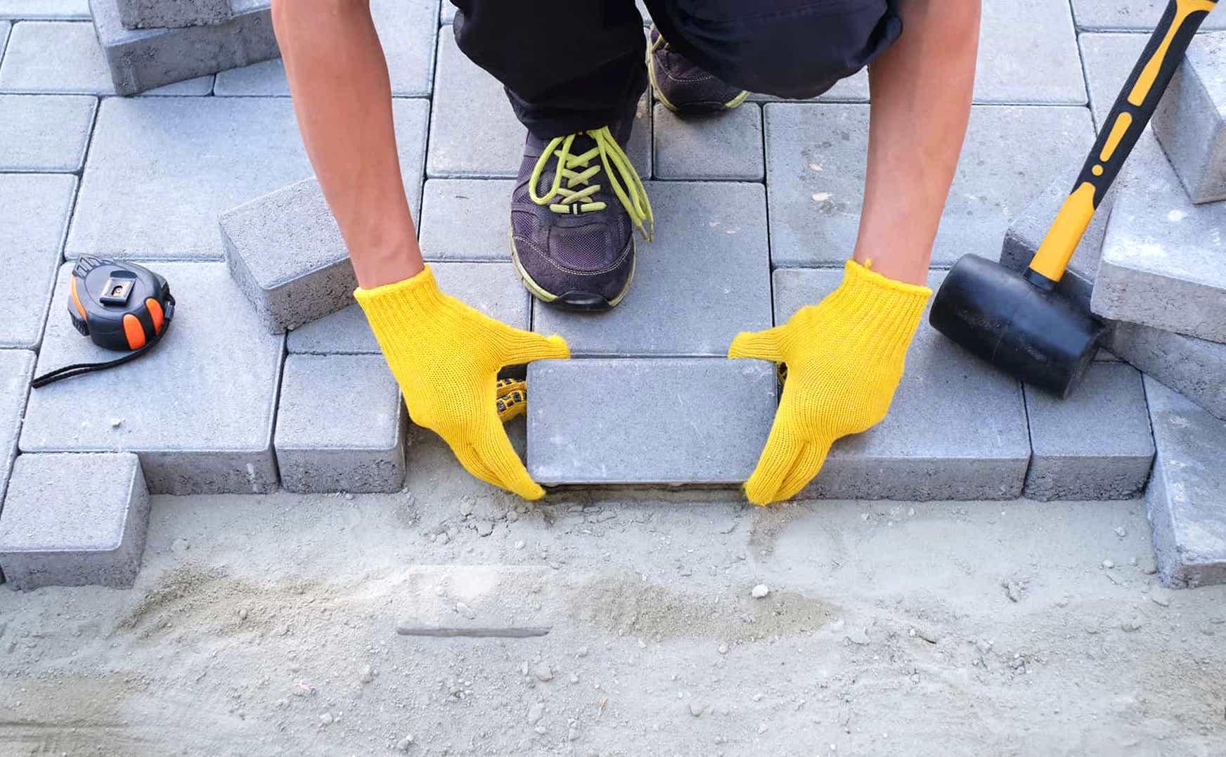 Dosseret dans la maison : le fabriquer de ses propres mains avec un guide pas à pas