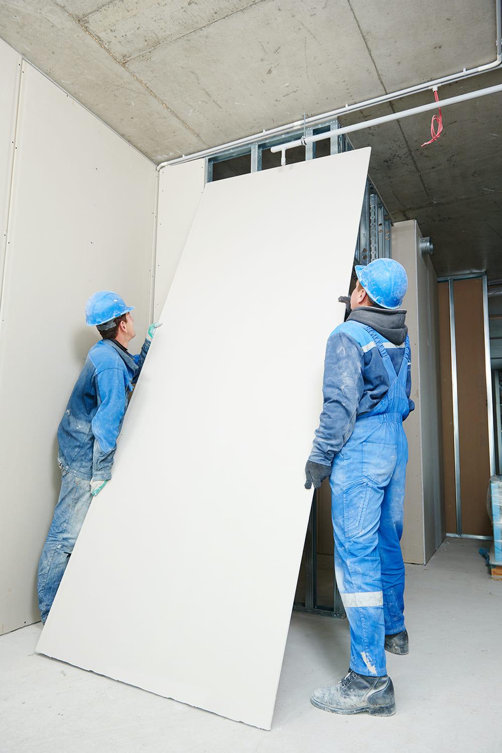 Vous pouvez utiliser des plaques de plâtre dans n'importe quelle pièce, quelles que soient sa taille et sa destination.