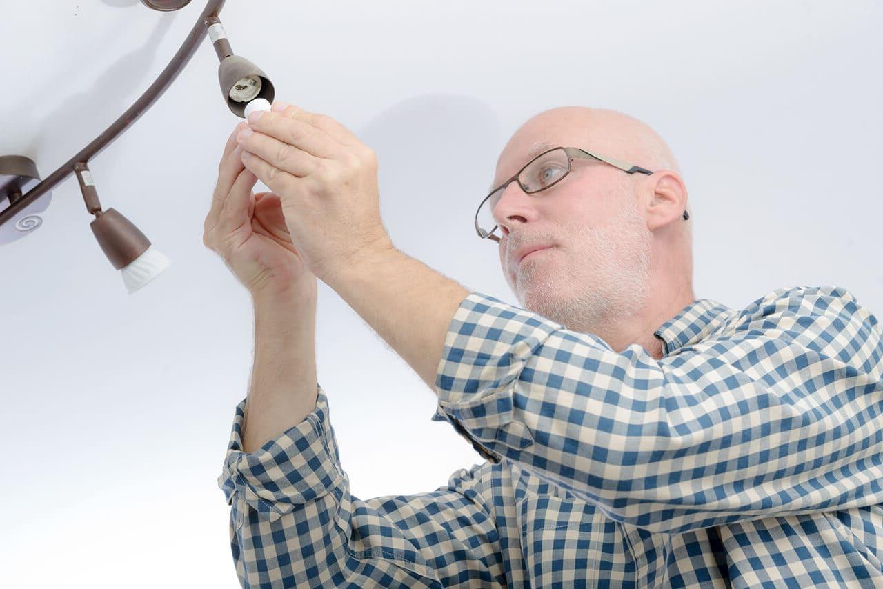 Grâce aux luminaires directionnels pivotants, il est facile d'obtenir un éclairage uniforme des pièces.
