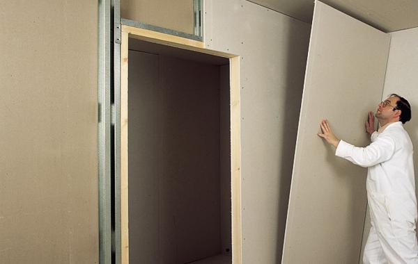 Гипс выравнивание стен дома