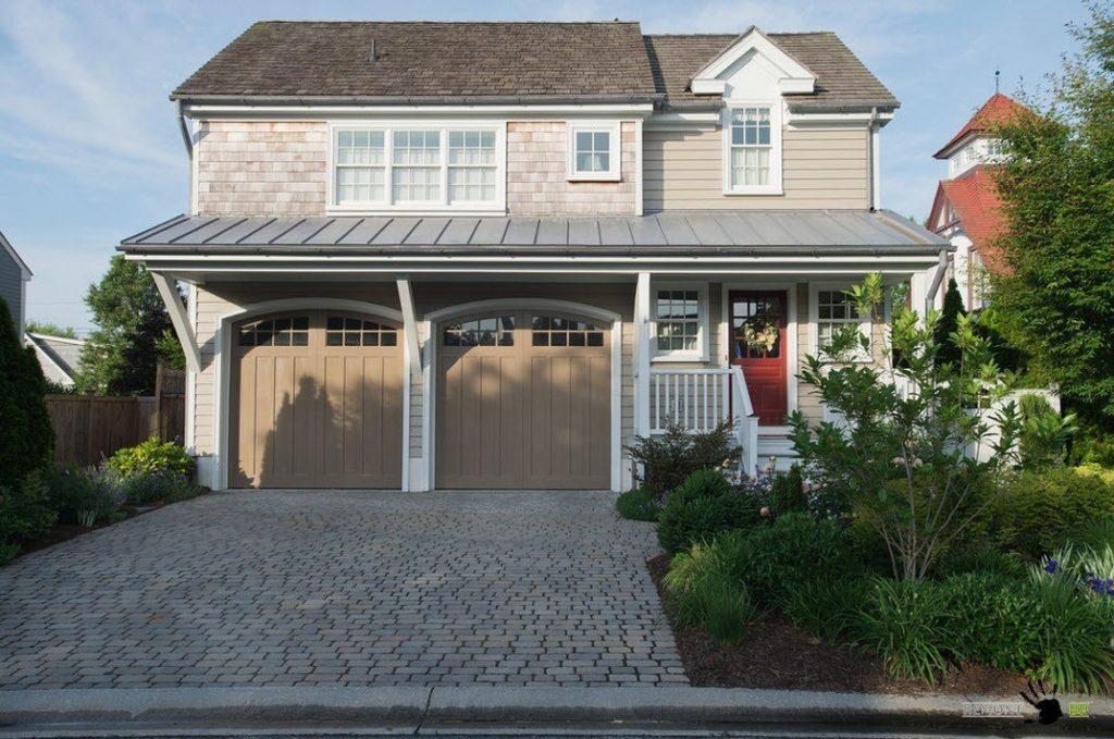 Двойной гараж пристроенный к дому
