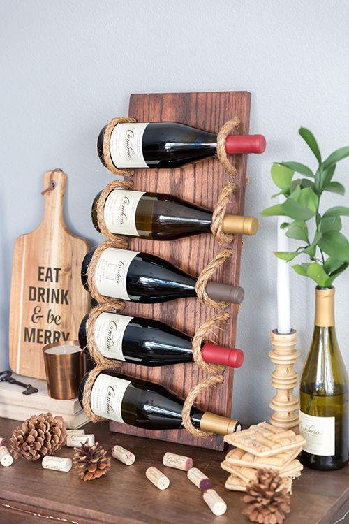 Для любителей хорошего вина, креативный держатель для бутылок будет весьма полезным приспособлением