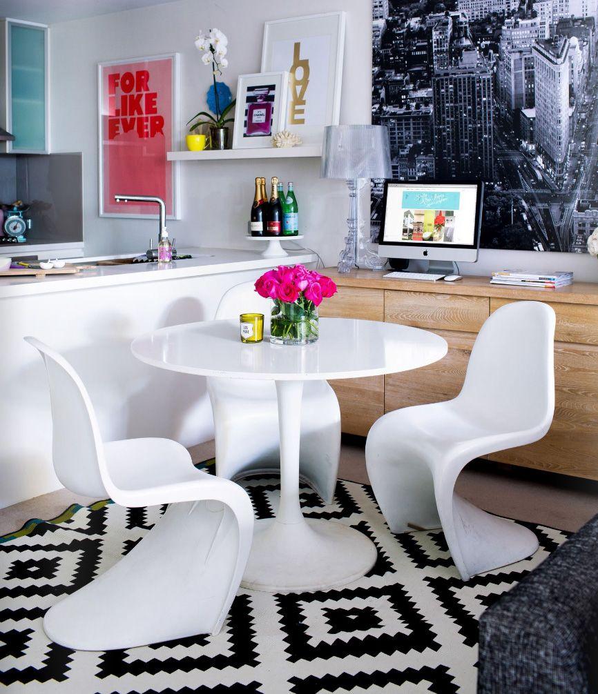 Добавьте в черно-белый интерьер ярких цветов, улучшив его привлекательность