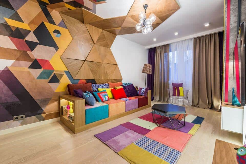 Потрясающий по красоте потолок с невероятно сложной конструкцией из гипсокартона и деревянных плит