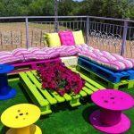 Красивая садовая мебель из поддонов