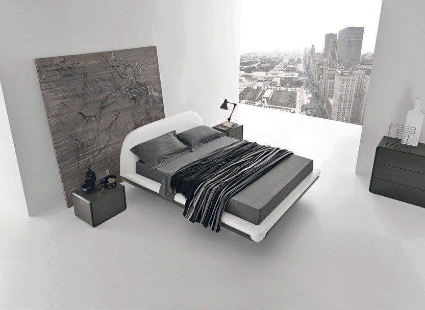 Спальня - это место для сна, поэтому ничто не должно мешать тихому и спокойному отдыху