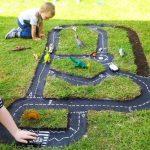 детская дорога (трасса) на газоне