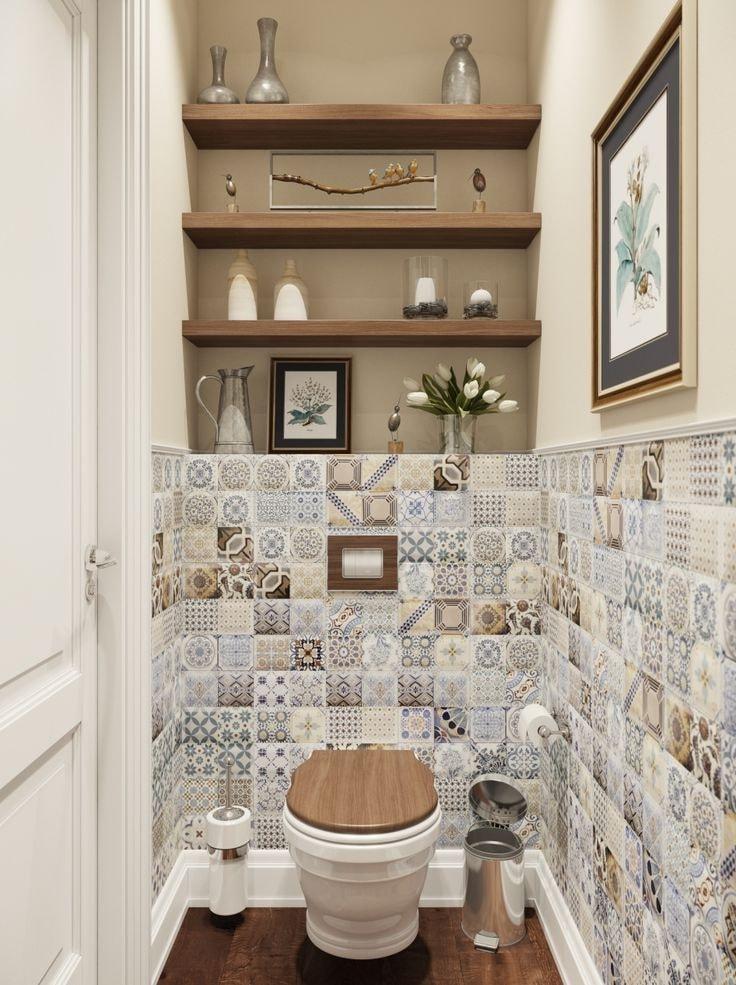 Наличие встроенных в нишу полок позволит организовать дополнительное пространство для мелких предметов