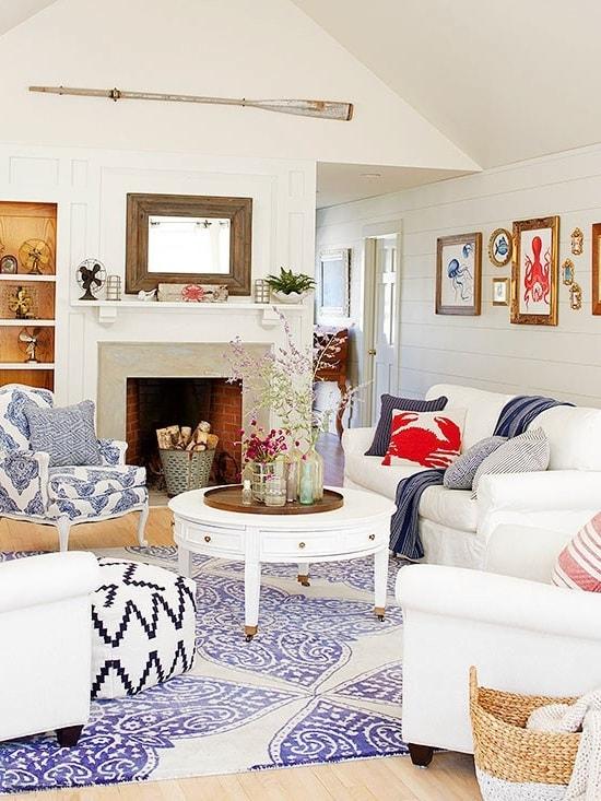 Оригинальные картины в интерьере квартиры-студии украсят ее и придадут ей особый стиль