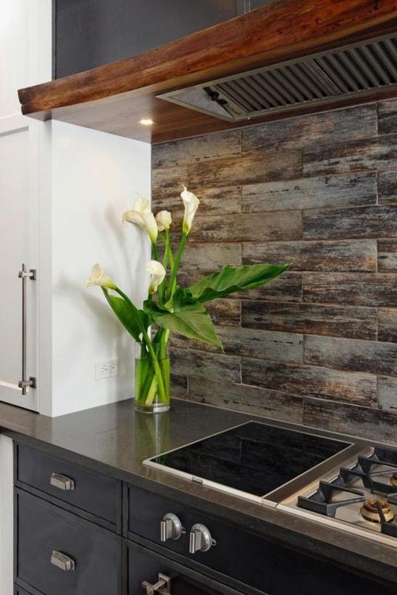 Кухня в стиле кантри многолика и интернациональна, она сочетает в себе и стиль и простоту