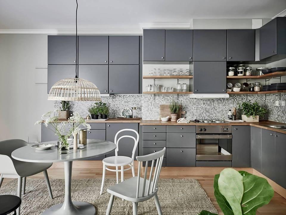 Если все заранее продумать, сделанный на кухне ремонт станет настоящим произведением искусства и будет радовать вас долгие годы