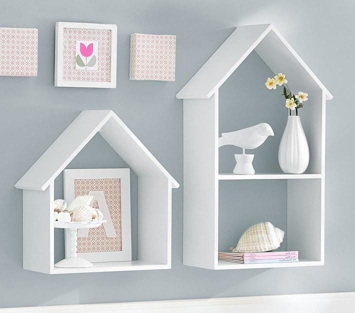 Для комнаты девочки будут более уместны мягкие и спокойные тона
