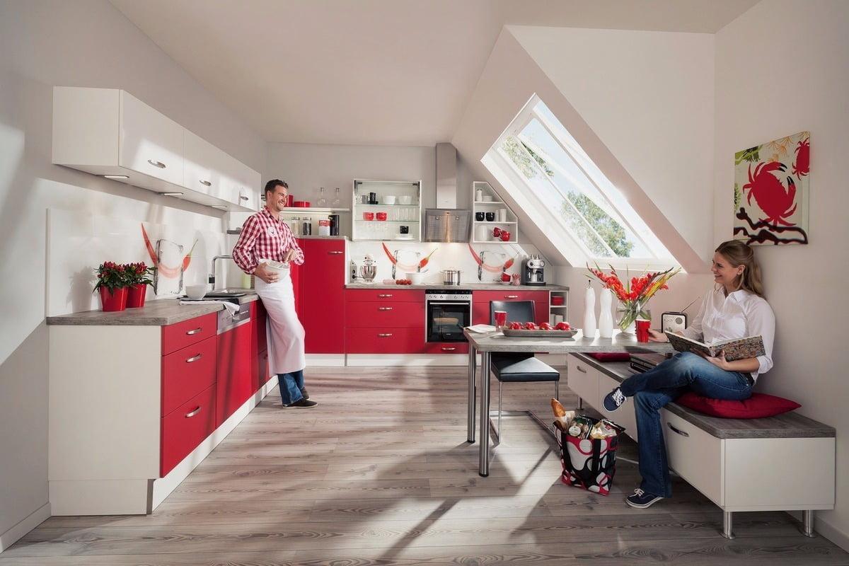 Красный оттенок фасадов способен передать позитивное настроение и вызвать бурю положительных эмоций