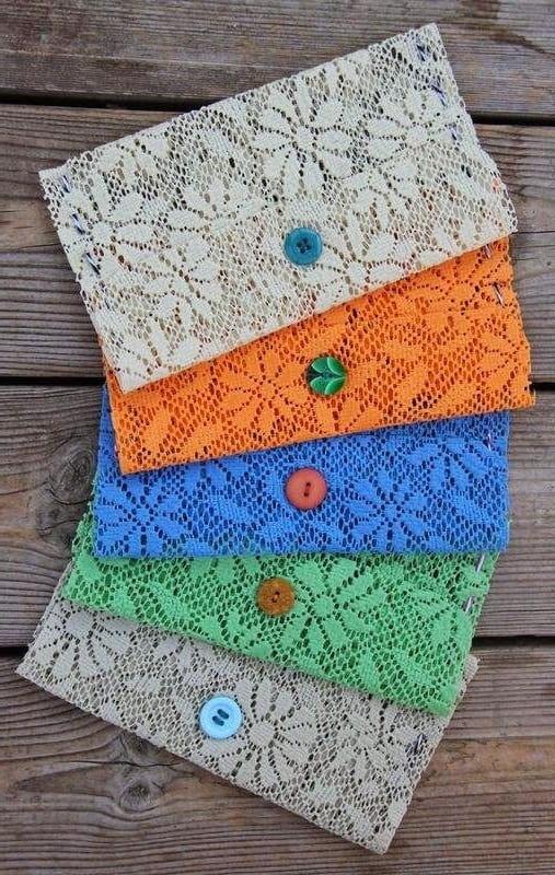 Оригинальные кошельки изготовленные из кружевной ткани