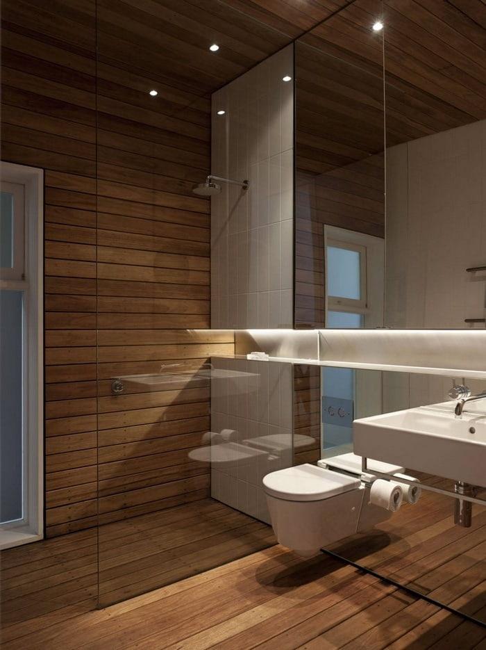 Несмотря на то, что дерево является не самым лучшим отделочным материалом для ванной, при его правильной обработке оно может прослужить достаточно долго
